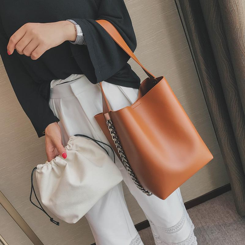 Minimalist Leather Shoulder Bag with Chain ( 3 Colors Inside ) - GoPositivo