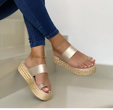 Slip-On Platform Flip-flops Sandals Rivet Women Espadrille Sandals