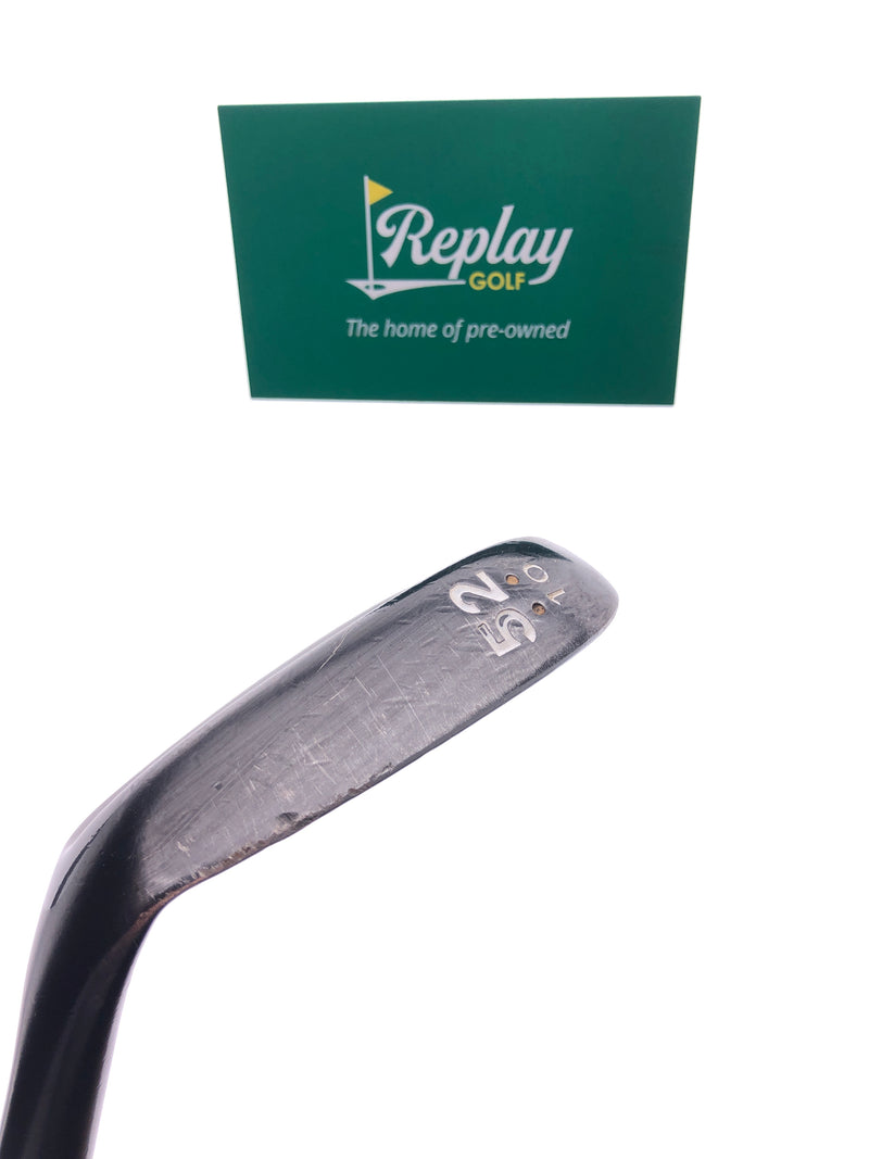 Cleveland 588 RTX Black Pearl Gap Wedge / 52 Degrees / Dynamic Gold Wedge Flex - Replay Golf