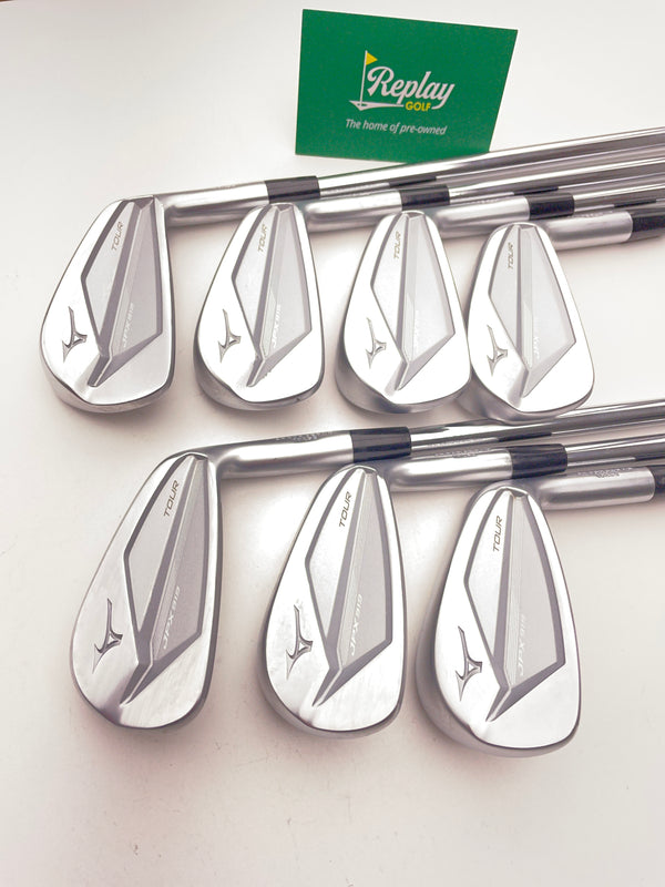 Mizuno JPX 919 Tour Iron Set / 4-PW / Dynamic Gold 105 R300 Regular Flex - Replay Golf