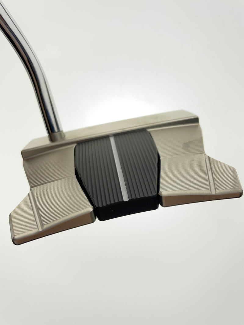 Mizuno MP-A305 Putter / 34.5 Inch / Right Handed