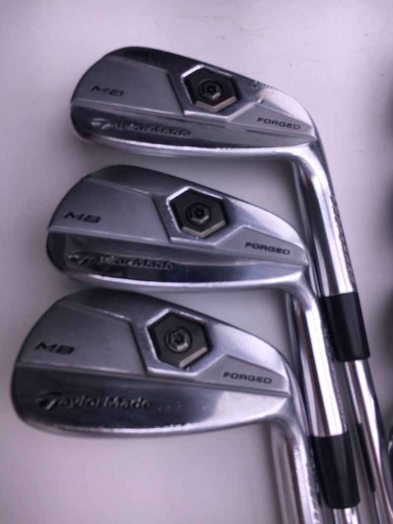 TaylorMade 2011 Tour Preferred MB Iron Set / 4 - PW / Dynamic Gold Stiff Flex - Replay Golf