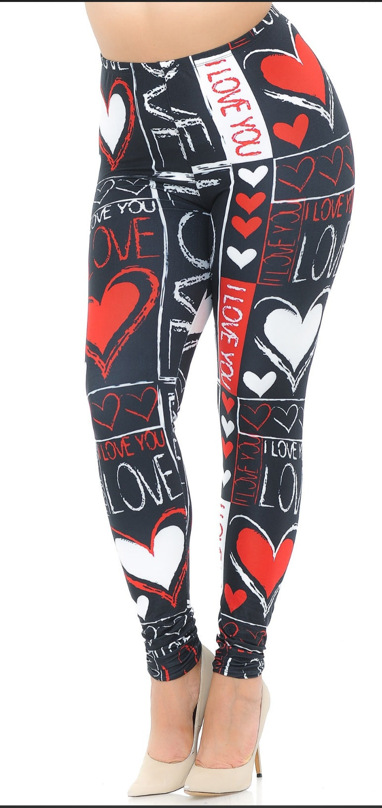CREAMY SOFT HEART AND LOVE LEGGINGS
