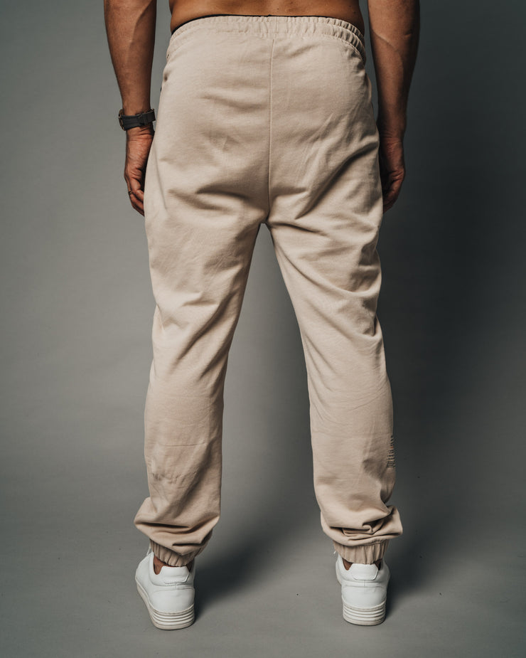 size-all color-beige