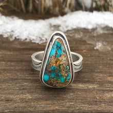 Load image into Gallery viewer, Turquoise Triangle Ring