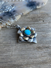 Load image into Gallery viewer, Diamond Bloom Necklace