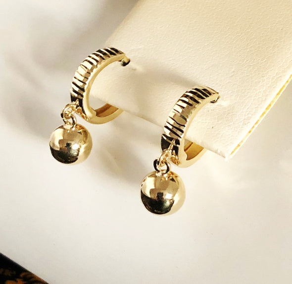 Dangling balls earrings E044 - Bijouterie Setor