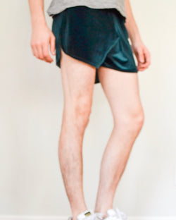 Elastic Velvet Shorts - Green