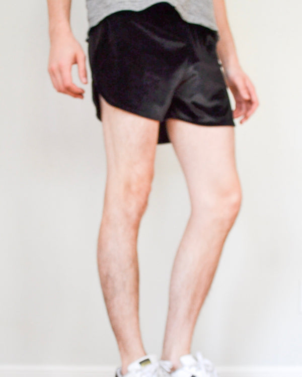 Elastic Velvet Shorts - Black