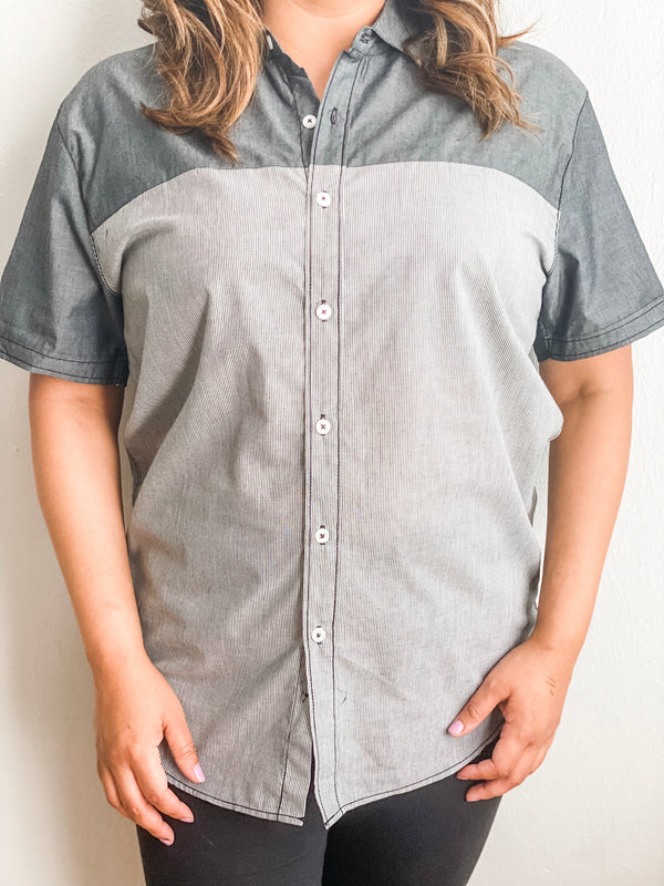 Two Tone Short Sleeve Button Down - Gray
