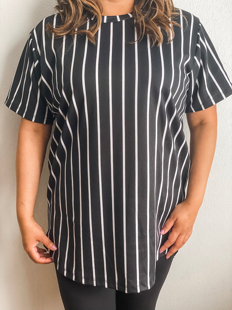 Vertical Striped Tee - Black/White