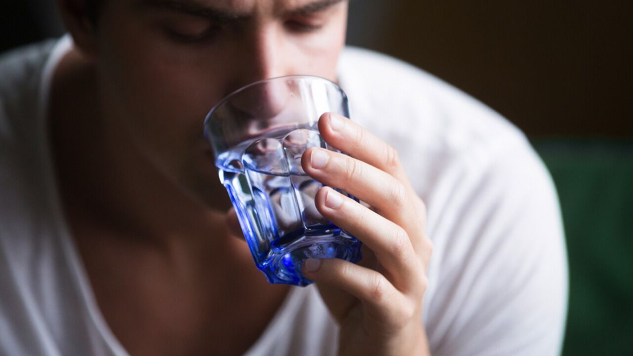 Know the 14 signs of dehydration