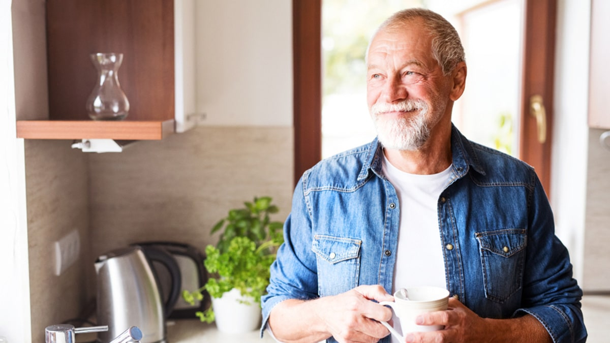 Older men can benefit from leucine-enriched essential amino acid supplements