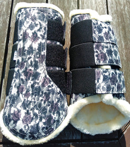 Brushing Boots BLACK FLORAL