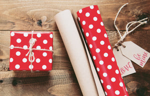 How to wrap a gift for in a clever way?