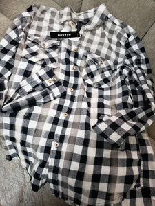 M-0003 white and black flannel