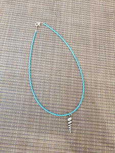 Turquoise Choker with Shell Charm-NS-15-0013