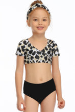 Load image into Gallery viewer, Ksw05 Leopard Top With Sleeve Black Bottoms (KIDS)