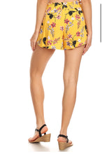Load image into Gallery viewer, 0213 Yellow Floral Tie Shorts