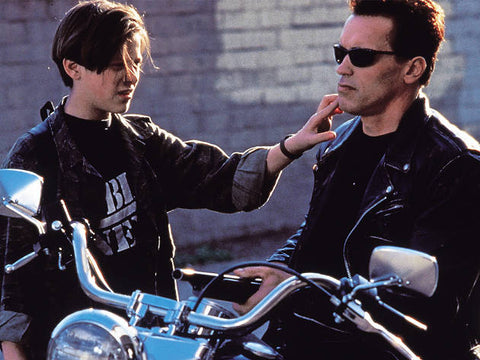 Terminator 2 Features Classic T-shirts
