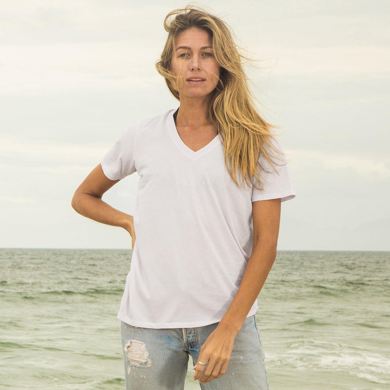white organic cotton V-Neck t-shirt - front view