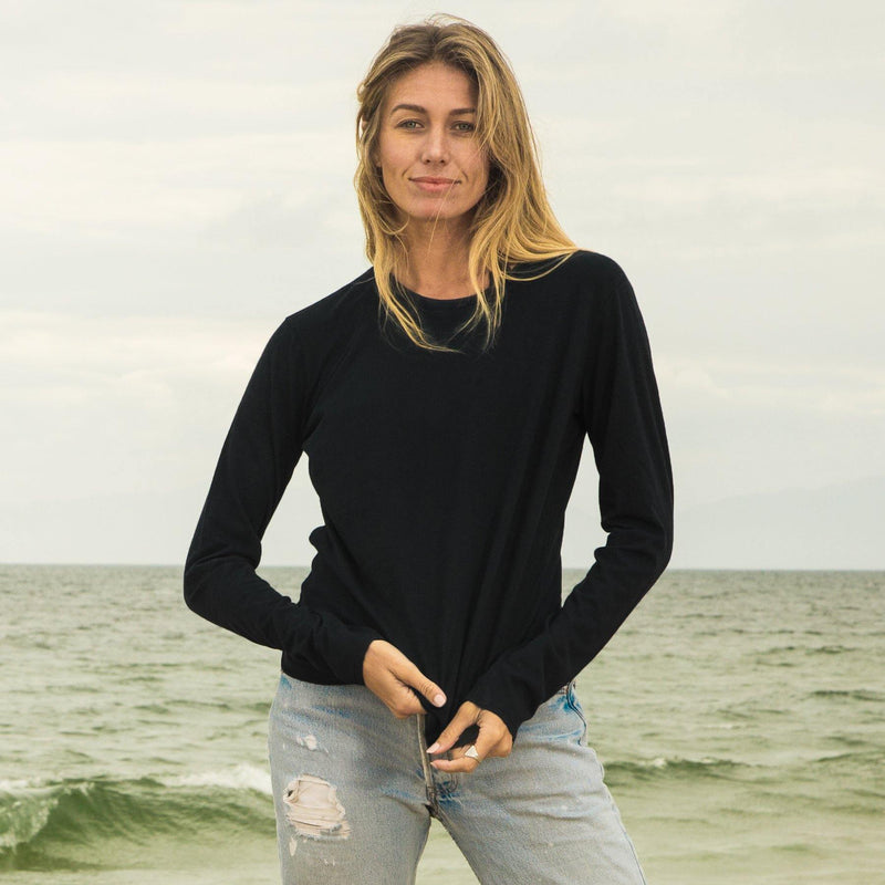 black organic cotton Long Sleeve crewneck t-shirt - front