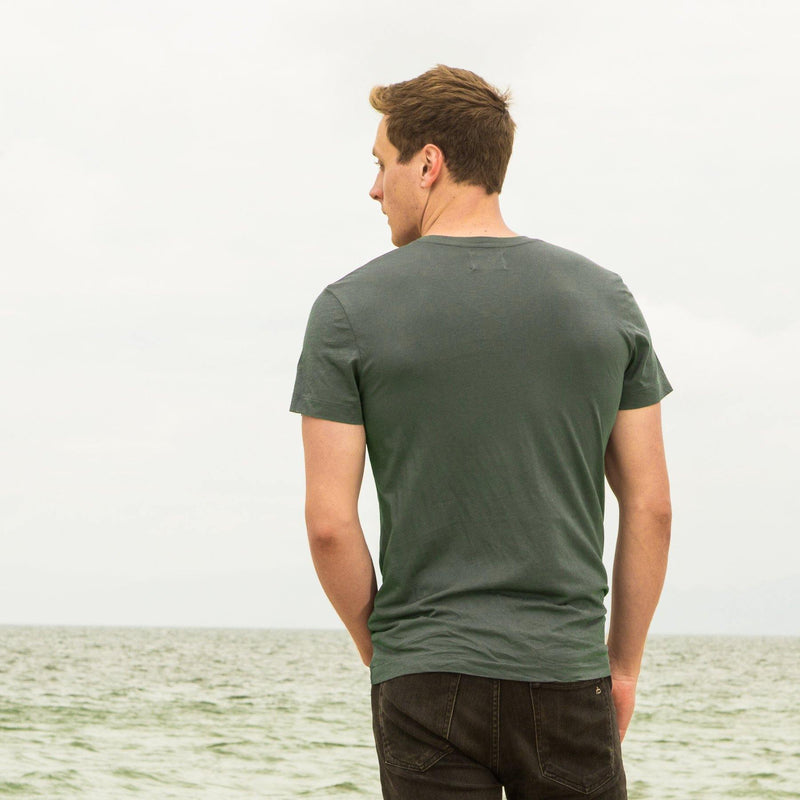 green organic cotton V-Neck t-shirt - back view
