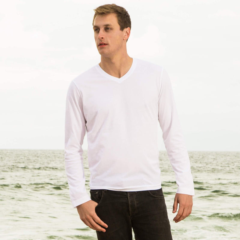 white organic cotton Long sleeve V-Neck t-shirt - front