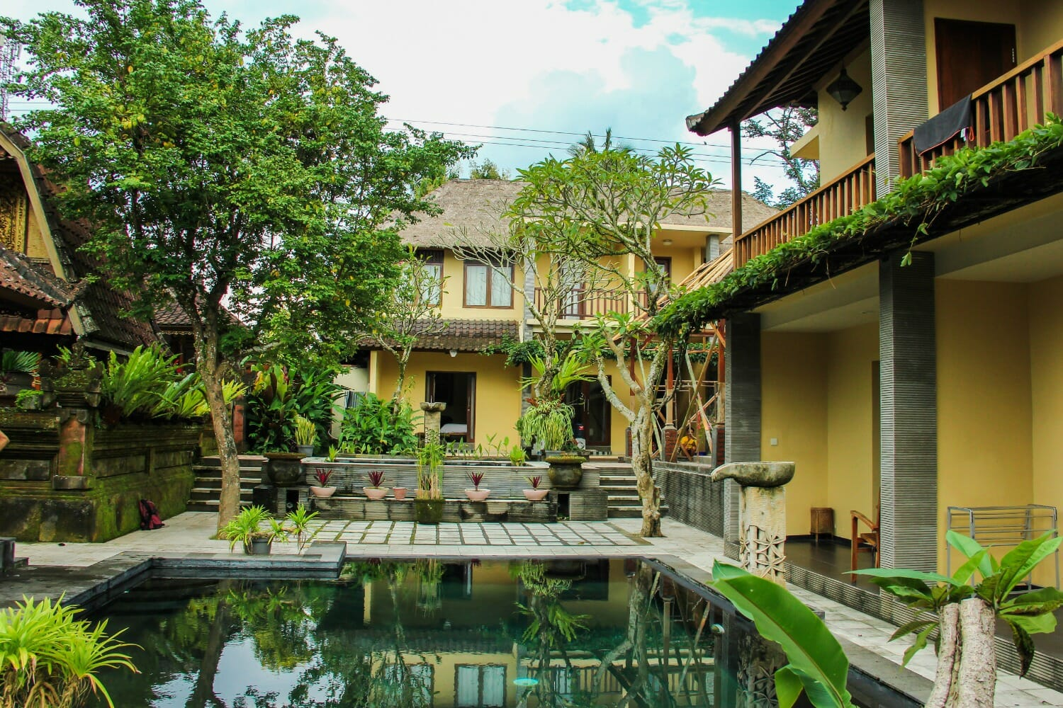 BALI YOGA RETREAT IN UBUD - SOUL EARTH