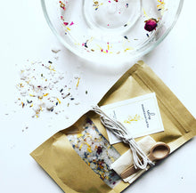 Load image into Gallery viewer, Relax Magnesium Herbal Tub Tea
