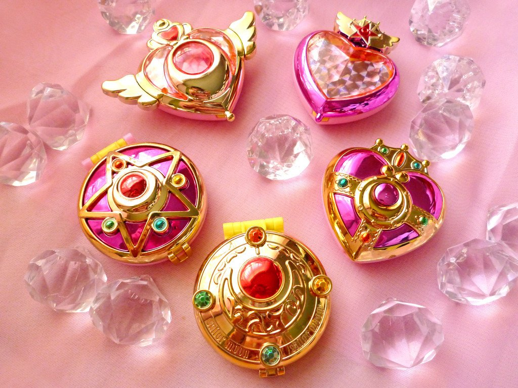 Sailor Moon Transform Compact Set