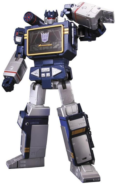 MP-13 Masterpiece Soundwave With Laserbeak