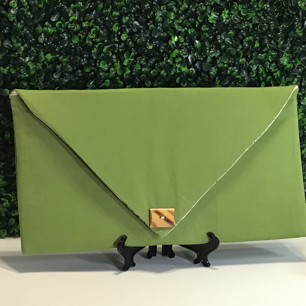 The Gracey Envelope Clutch