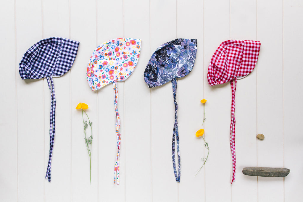 Daisy Bonnet In Blue Floral
