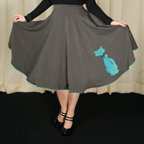 Can I wear a crinoline under this skirt or dress? Cats Like Us