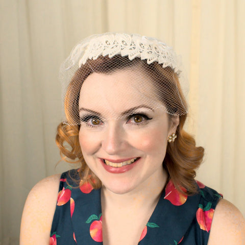 1950s White Lace Fascinator Hat