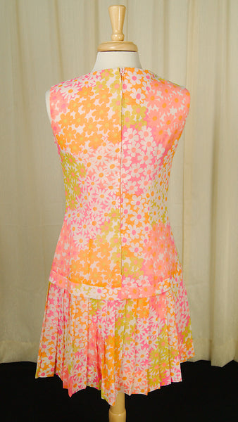 1960s Daisy Pleat Dress