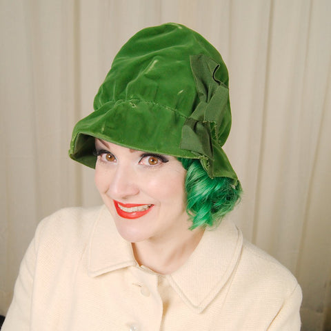 1960s Green Velvet Fabric Hat