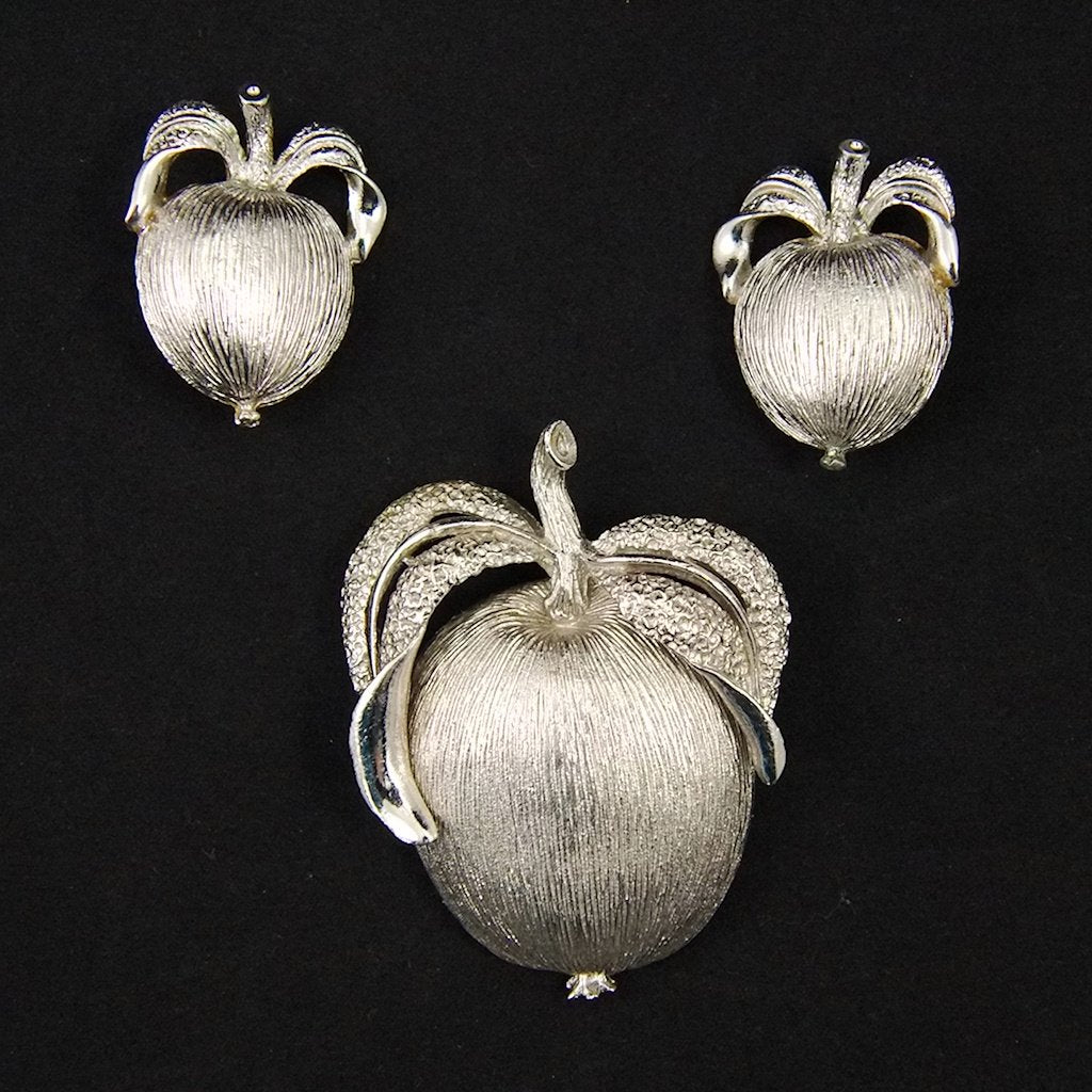 Vintage Adam's Delight Apple Brooch Set - Cats Like Us