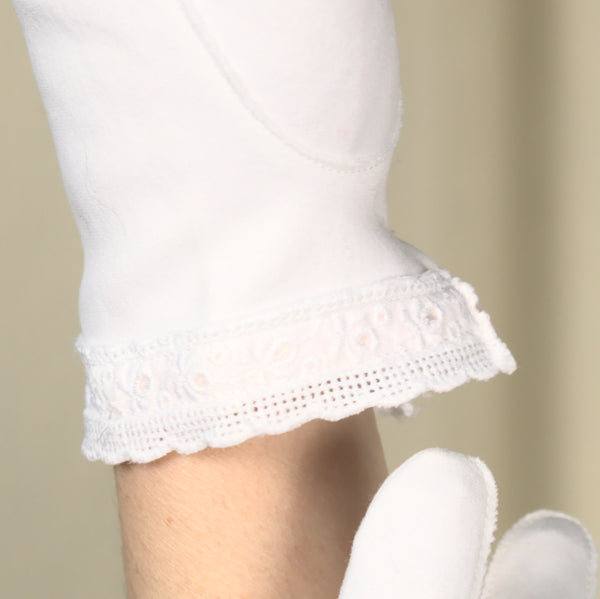 Bright White Eyelet Gloves