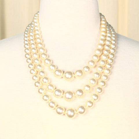 Chunky Triple Pearl Vintage Necklace