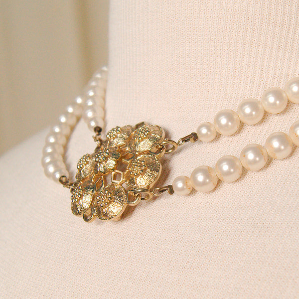 Coventry Pearl Necklaces & Pin by Cats Like Us : Cats Like Us