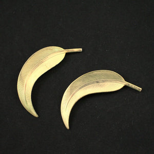 Curved Leaf Brooch Set - Cats Like Us