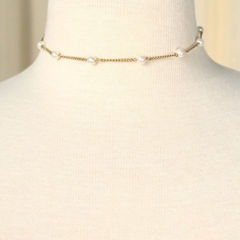 Delicate Pearl & Chain Necklace