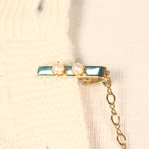 Double Pearl Vintage Sweater Clips