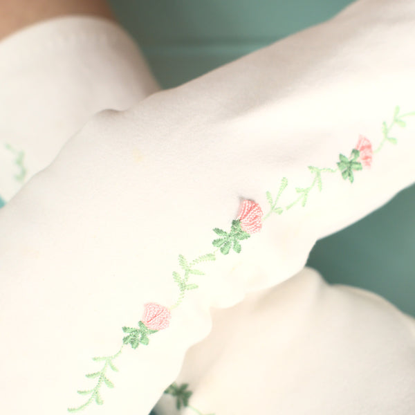 Emb Pink Flower Gloves