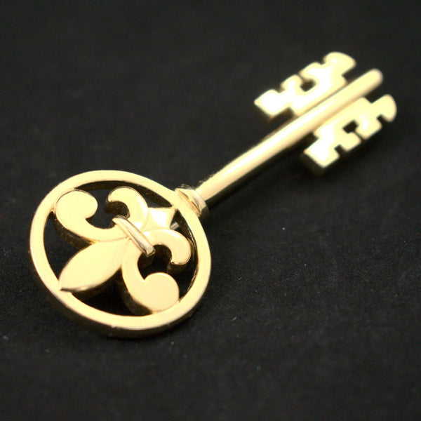 Fleur de Lis Key Brooch - Cats Like Us