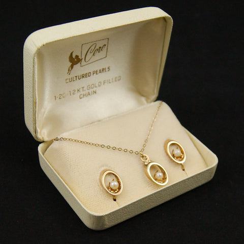 Gold Pearl Oval Jewelry Set