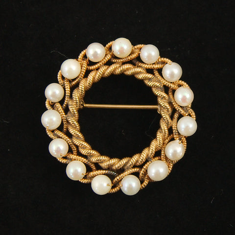 Gold Rope & Pearl Wreath Brooch