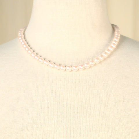 Light Pink Pearl Necklace - Cats Like Us